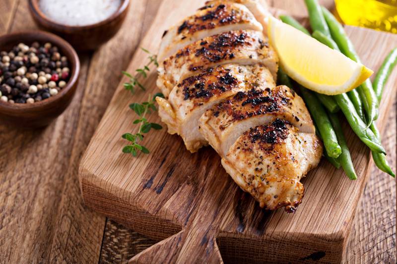 Ljetna večera: Piletina sa srcem artičoke, limunom i mahunama