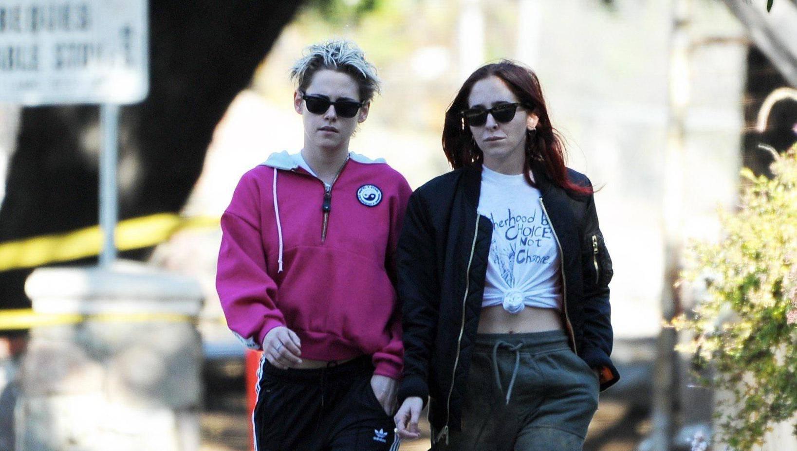 Kristen Stewart hiking with Sara Dinkin