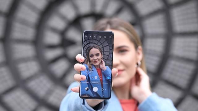 Borba s Huaweijem i Appleom: Galaxy S21 stiže već u siječnju?