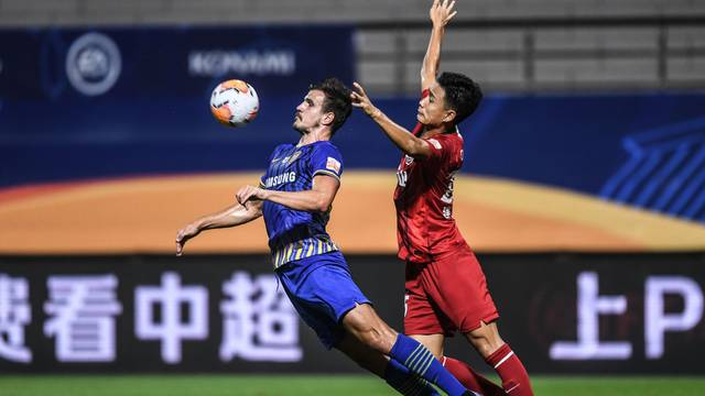 (SP)CHINA-DALIAN-FOOTBALL-CHINESE SUPER LEAGUE-FIRST ROUND-JIANGSU VS HENAN (CN)