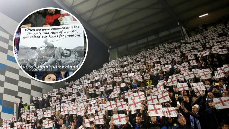 Koreografija zahvale: Navijači Kosova digli engleske zastave