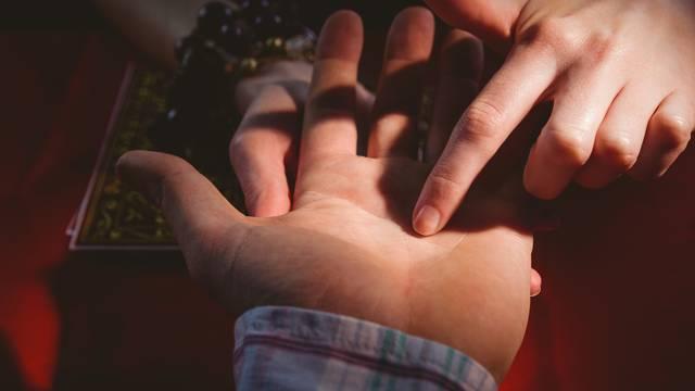 Možete li pronaći slovo M na svojem dlanu? To puno otkriva