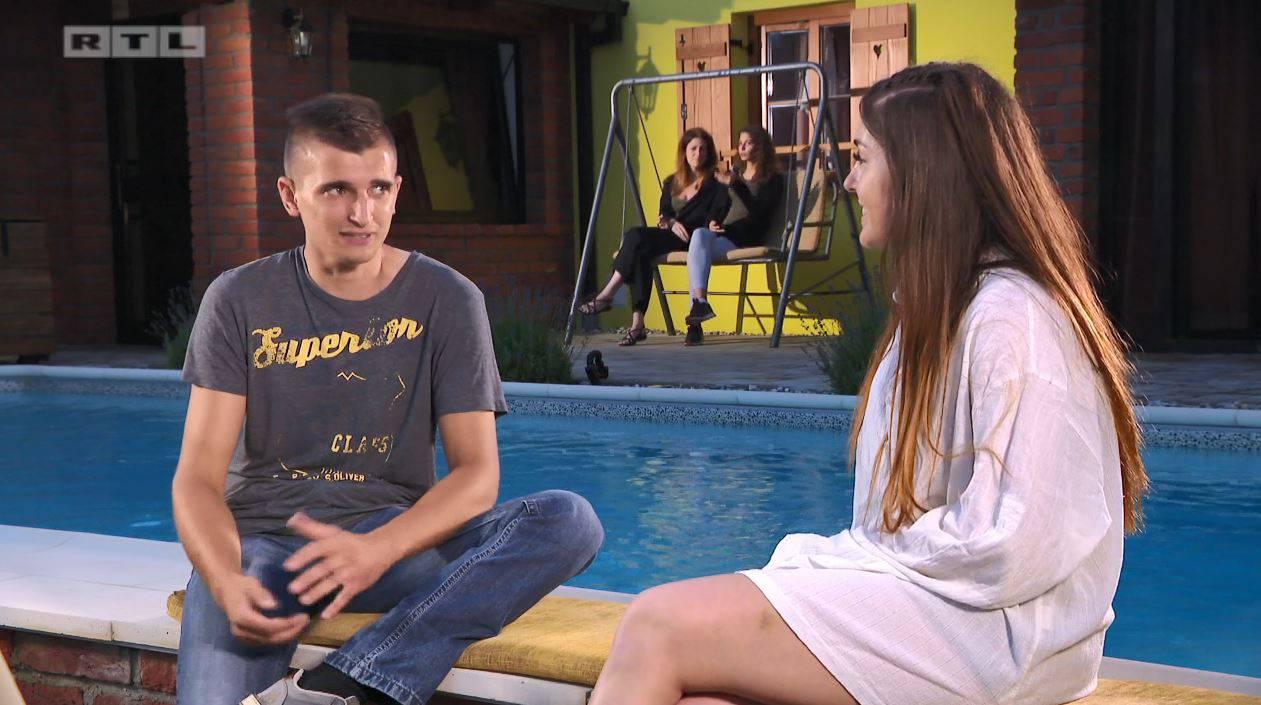 Hakija i Marijana završili skupa u bazenu: Skinula se do kraja