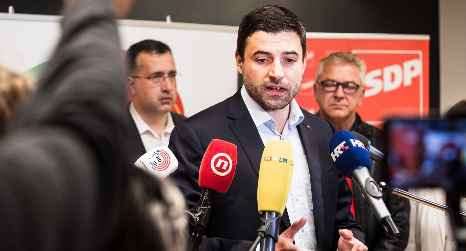 Split: Konferencija za medije koalicije Restart