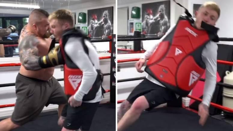 (VIDEO) Pristao s pancirkom da ga udari najjači čovjek na svijetu: 'Mislim da mi se pomaknuo mozak…'