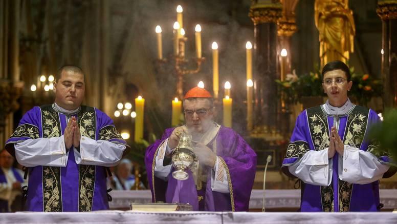 Ma je li moguće da jedan prst naše babe i dide, bogobojazne katolike, pretvara u bezbožnike