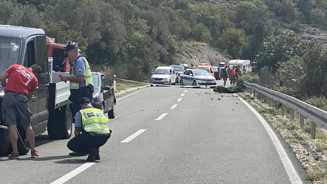Motociklist poginuo na Cresu, nakon sudara pao u provaliju