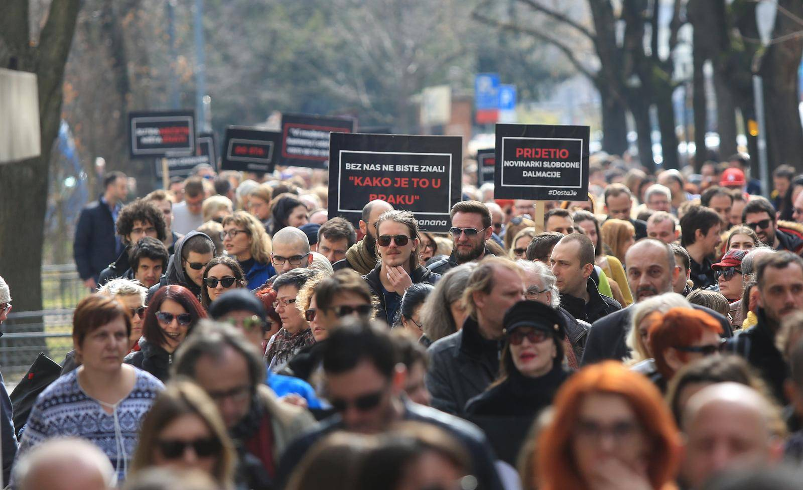 Veliki prosvjed protiv cenzure: Dosta je bilo progona novinara!