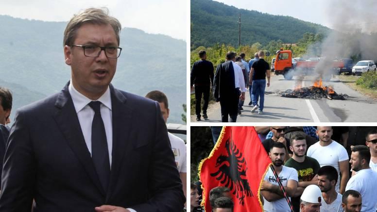 'Milošević je bio veliki lider, a u Kninu se sada vijori šahovnica'