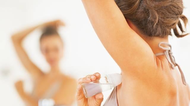 Napravite prirodni sprej protiv znojenja i neugodnog mirisa