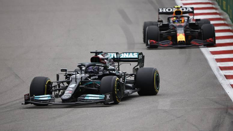 Kiša napravila kaos u Rusiji: Hamilton pobijedio 100. put, vodeći Norris izletio sa staze!