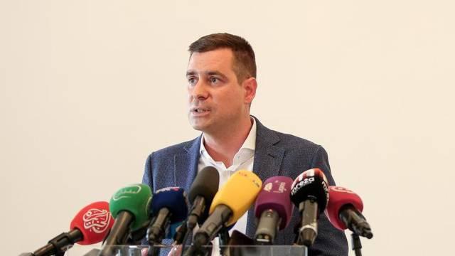 Zagreb: Zastupnici HDZ-a Herman i Ilijaš održali konferenciju za medije