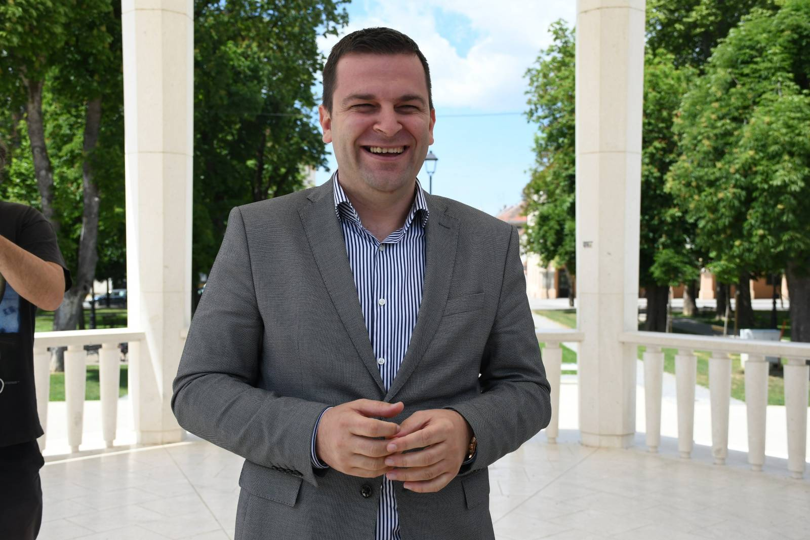 Bjelovarski gradonačelnik Dario Hrebak održao konferenciju kako bi odgovorio na prozivku SDP-a