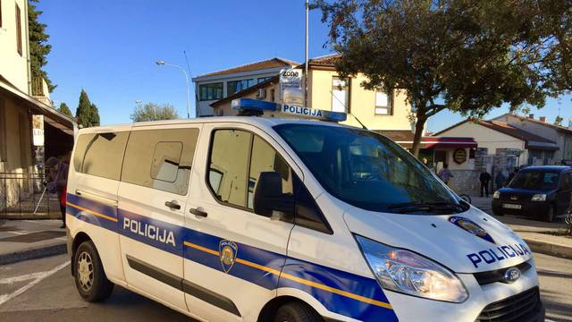 Priveden je Albanac koji je kroz Istru krijumčario migrante