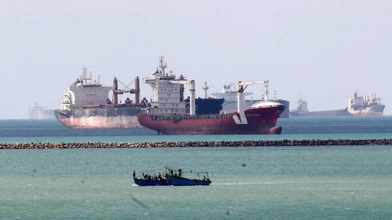 Nema više gužve u Sueskom kanalu, prošao je i zadnji brod