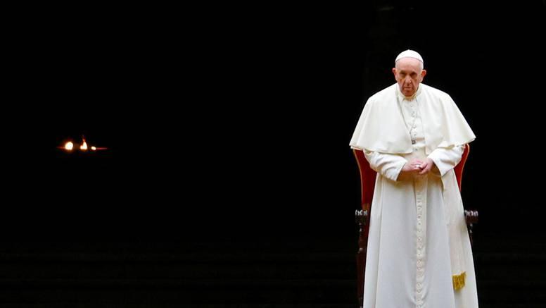 Križni put u Vatikanu opet bez velike procesije oko Koloseuma
