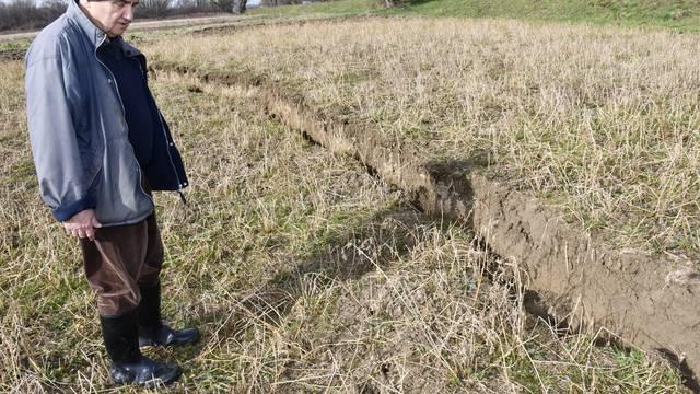 Ministarstvo: Nema povećane prisutnosti teških metala u tlu potresom pogođenih područja
