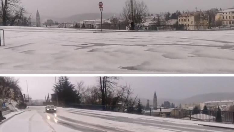 Na Pazin pala neviđena količina tuče, bijeli se kao da je snijeg