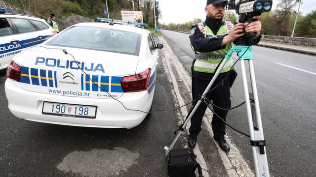 Između Gospića i odmorišta Zir vozio brzinom od 253 km/h!
