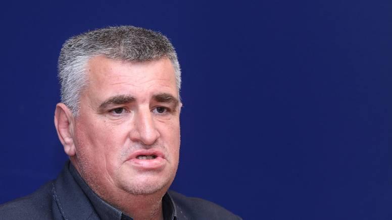 Bulj nezadovoljan: 'Mjere su donijeli Božinović i Beroš koji se smiju grliti na Pelješkom mostu'