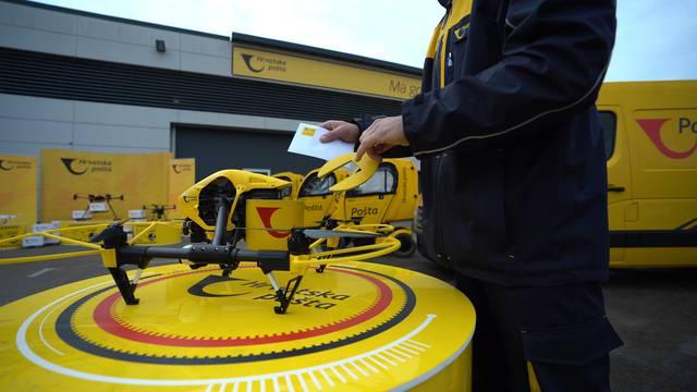 Dronom od Zadra na Ugljan: Za 12 minuta stigao Poštin paket