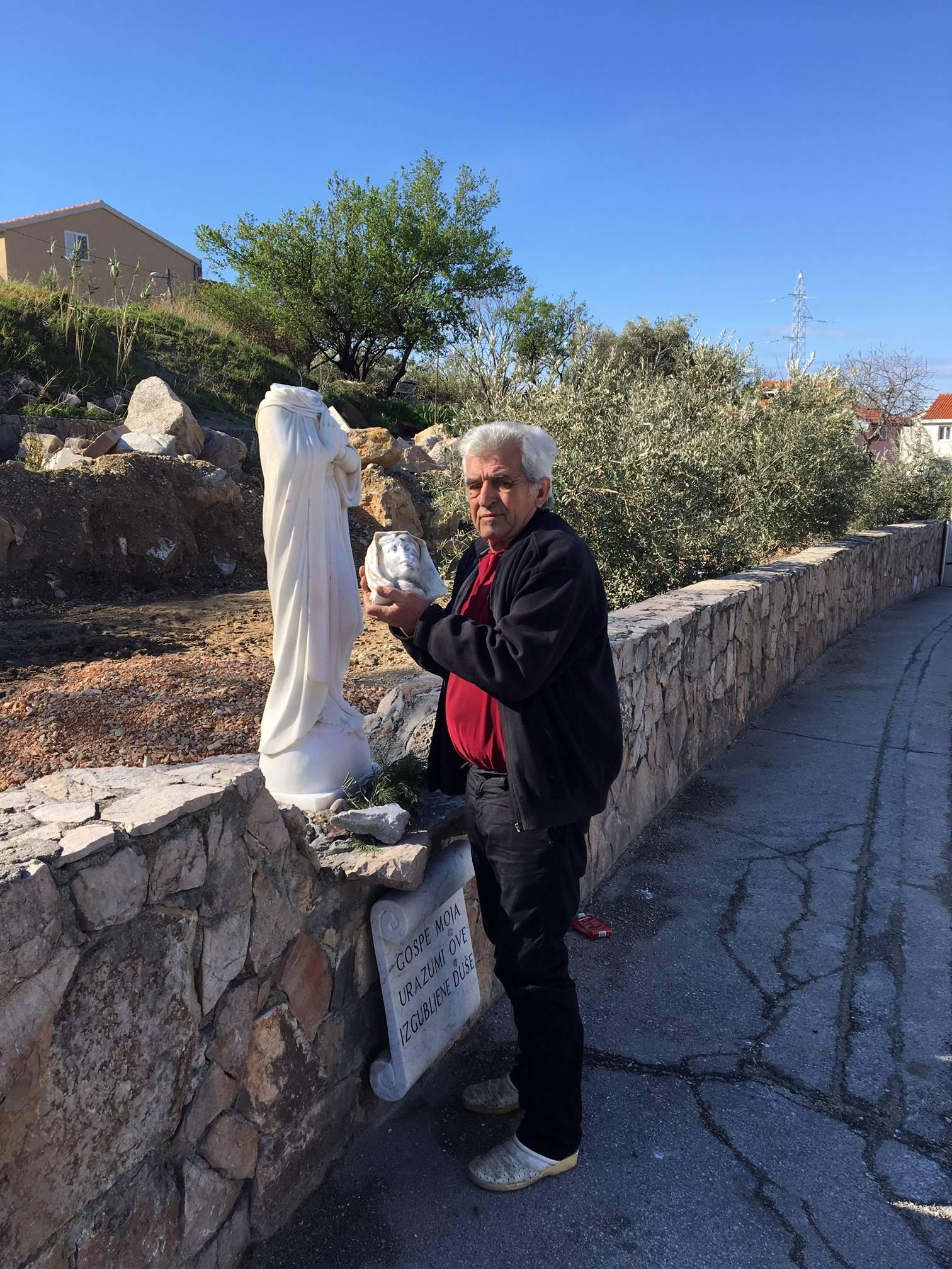 Solin: Maljem odvalio glavu kipu Gospe, završila je u smeću