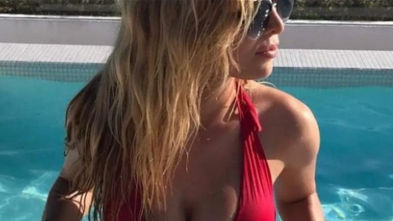 Ljeto nije gotovo - Lille pokazala grudi u bikiniju, pratitelji pišu: 'Bubreg bih joj dao bez PDV-a'
