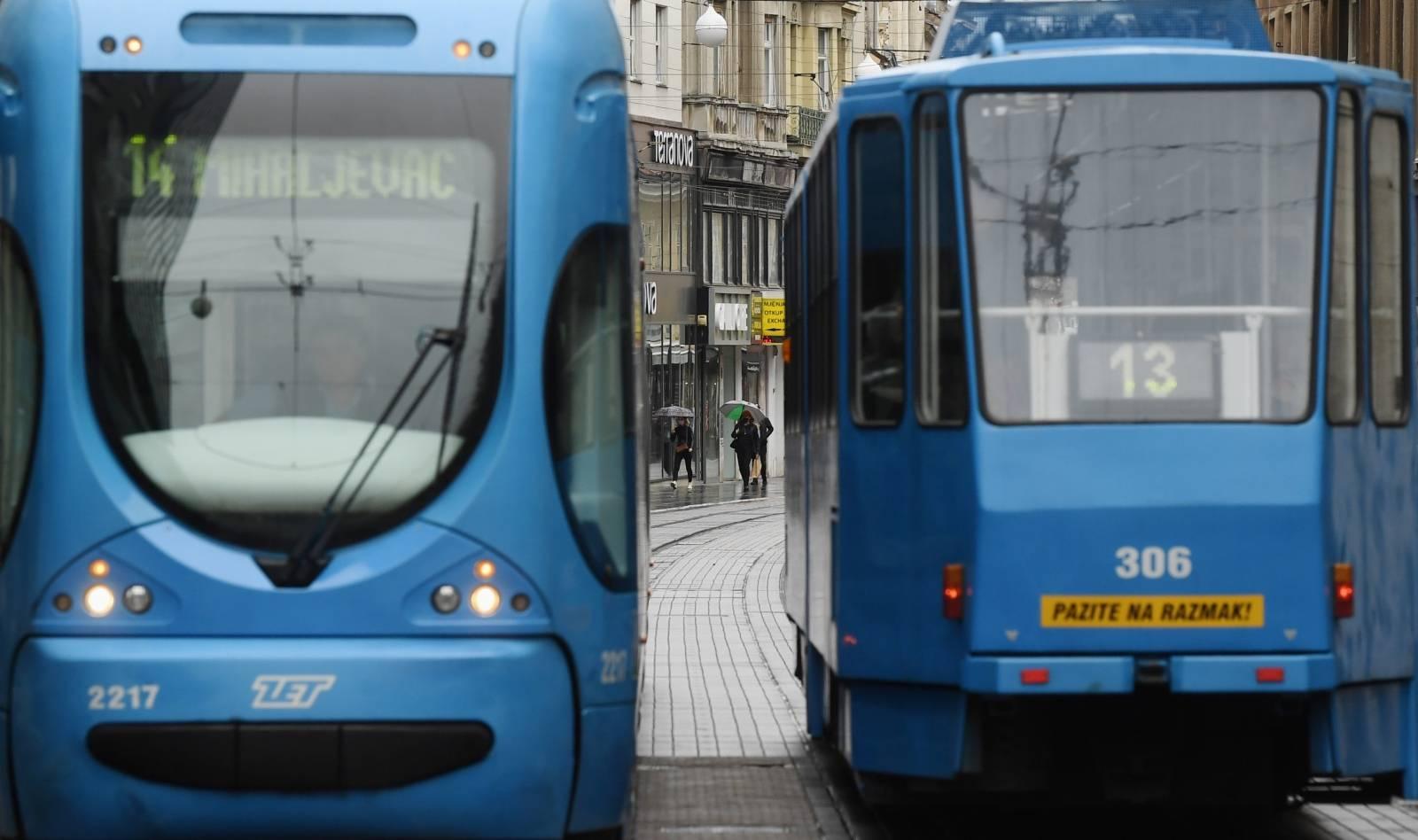 Zagreb: Najavljeno zahlađenje i kiša osvježili su grad