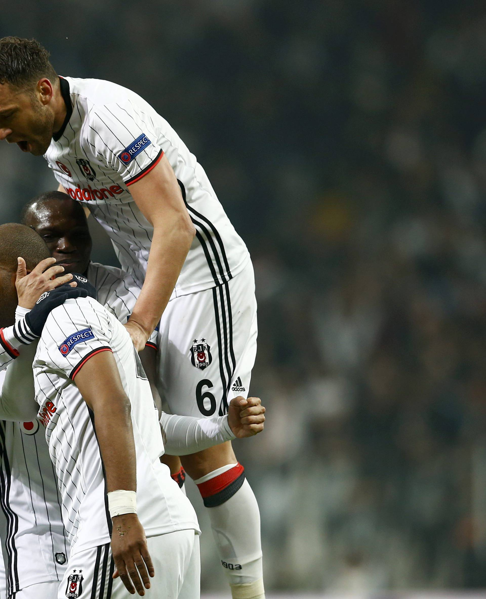Football Soccer - Besiktas v Olympiacos