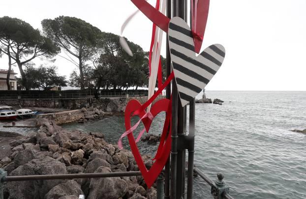 Ljubav u zraku: Opatija je puna srca, spremni su za Valentinovo
