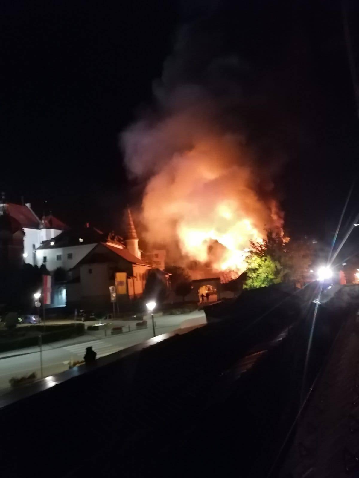 Milijunska šteta: Požar izbio zbog neugašenog lampiona