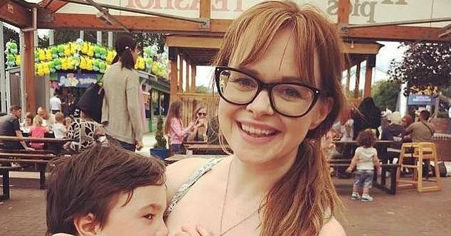 Pokazala kako doji 4-godišnjeg sina pa ju napali: To je bolesno