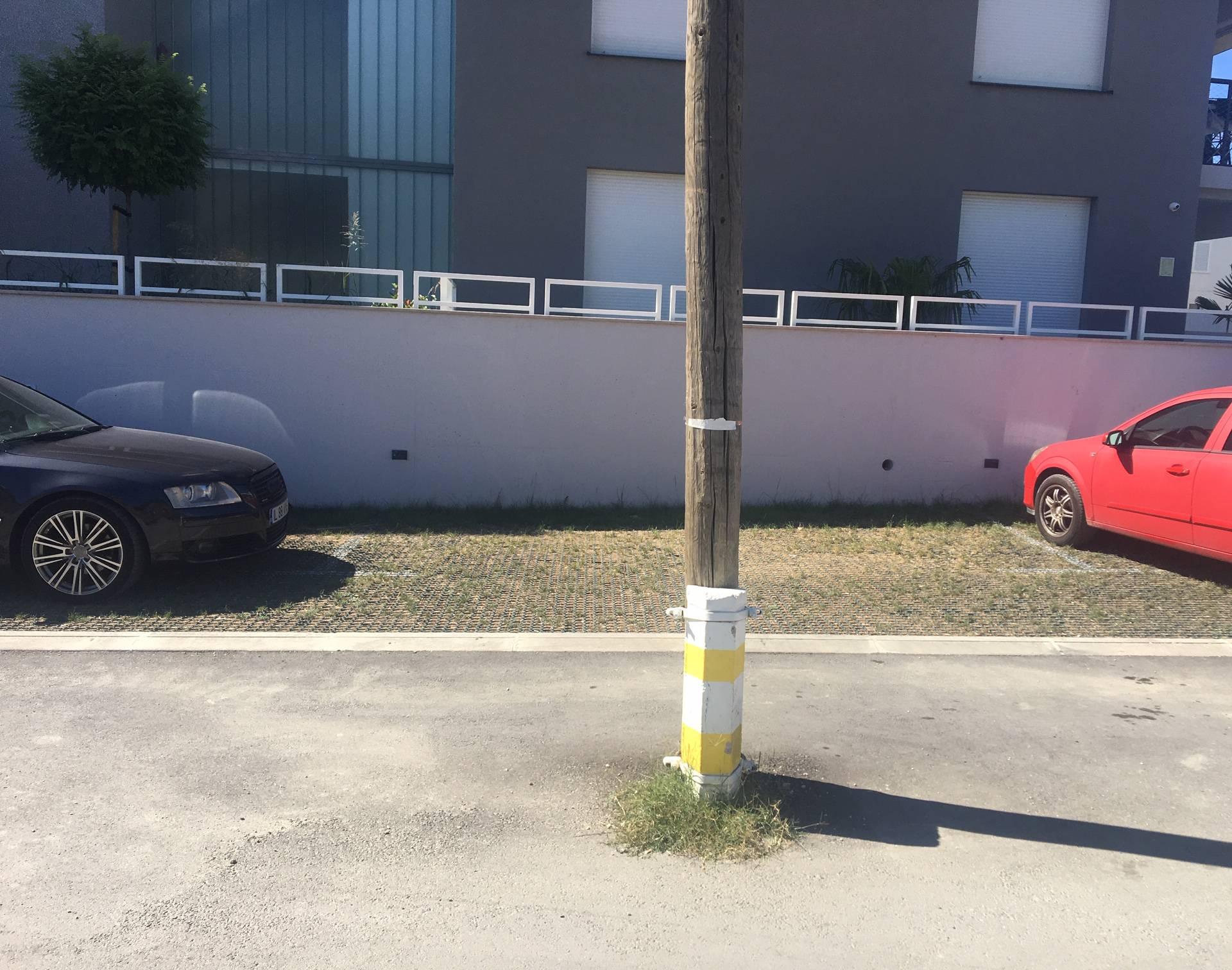 Genijalni posao: Kvadrat stana je 3000 eura, ali je stup mukte