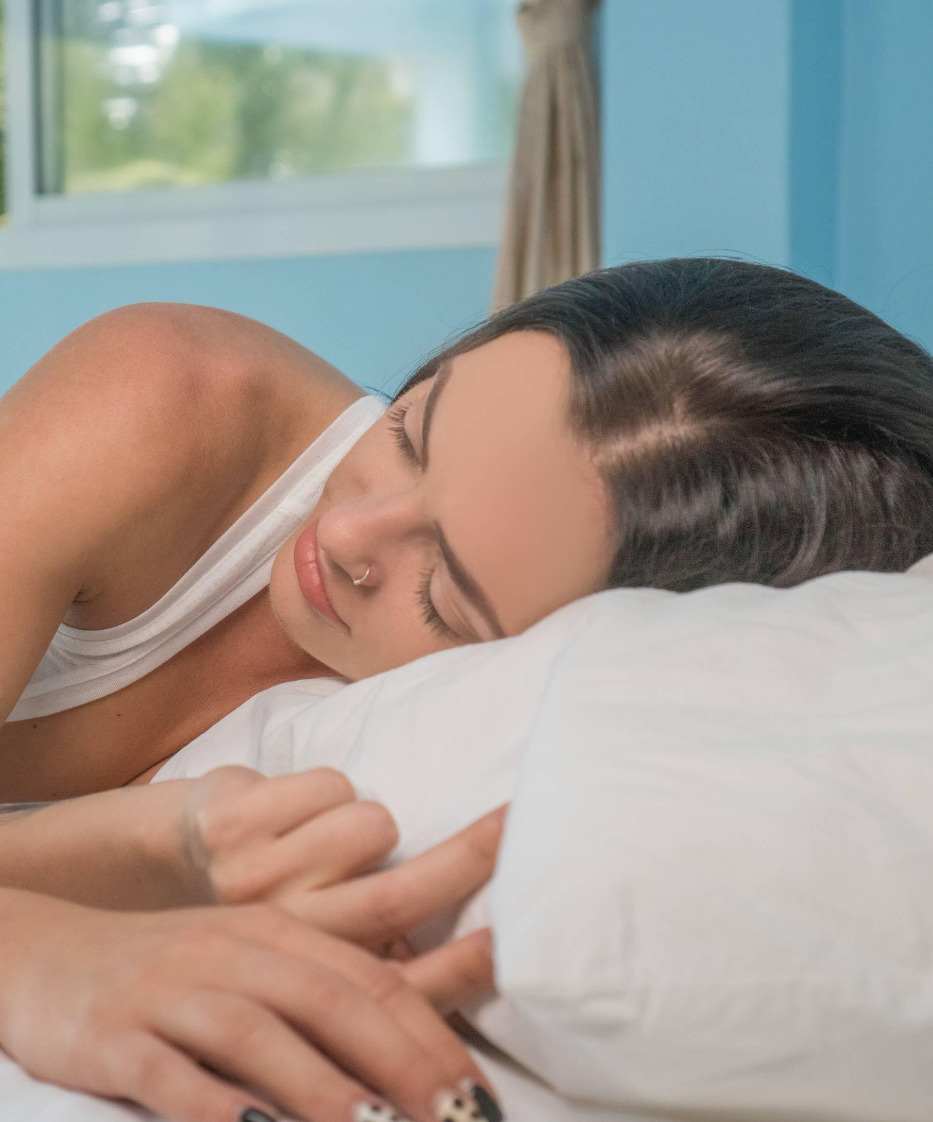 Za kvalitetan san: Što je dobro jesti prije spavanja, a što nije?