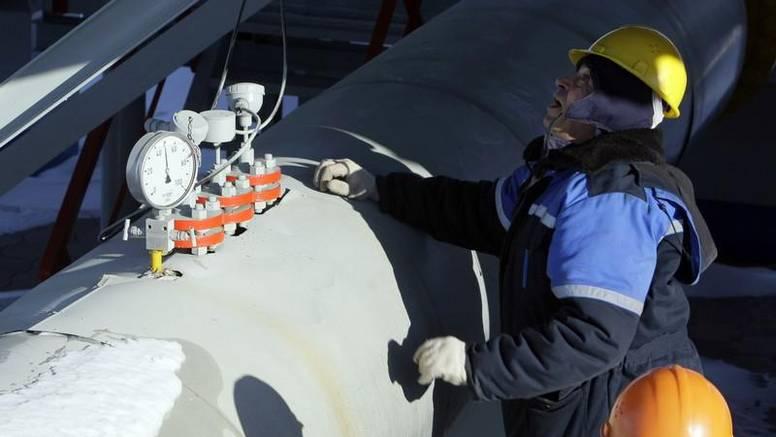 Kremlj: Gazprom isporučuje plin po postojećim ugovorima