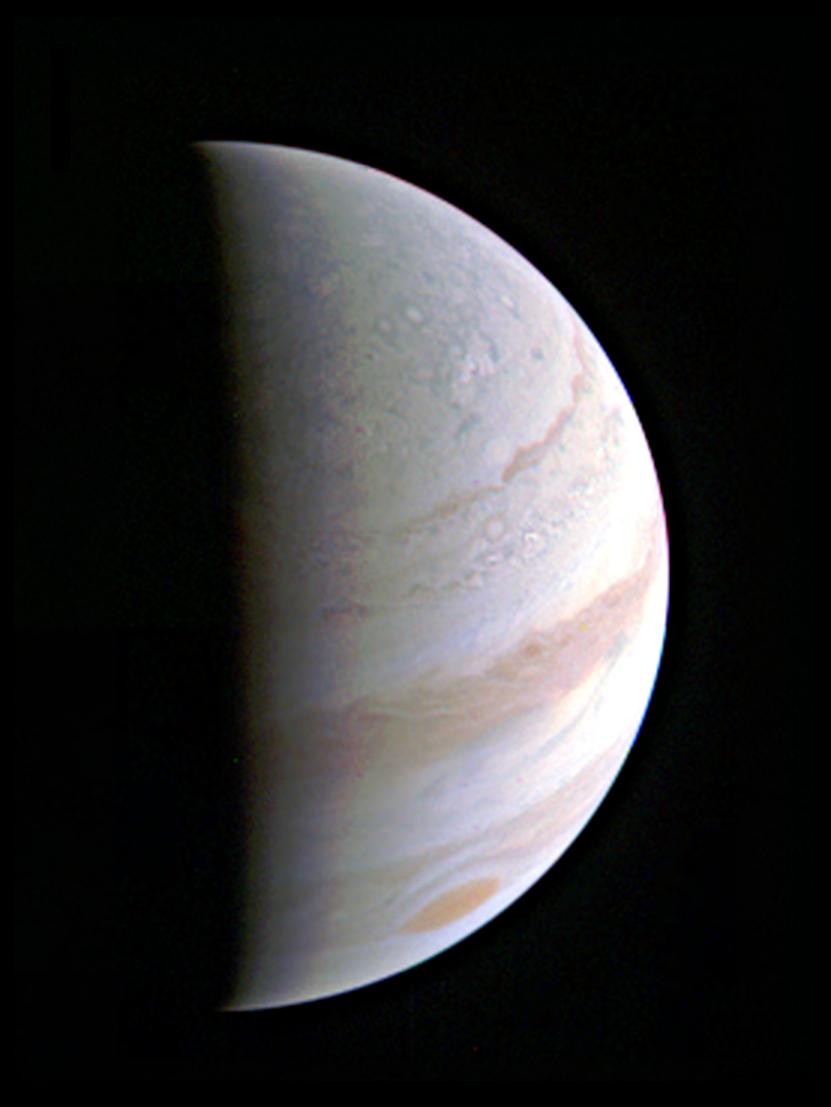 Pogled izbliza: Letjelica Juno u letu iznad  Jupiterovih oblaka