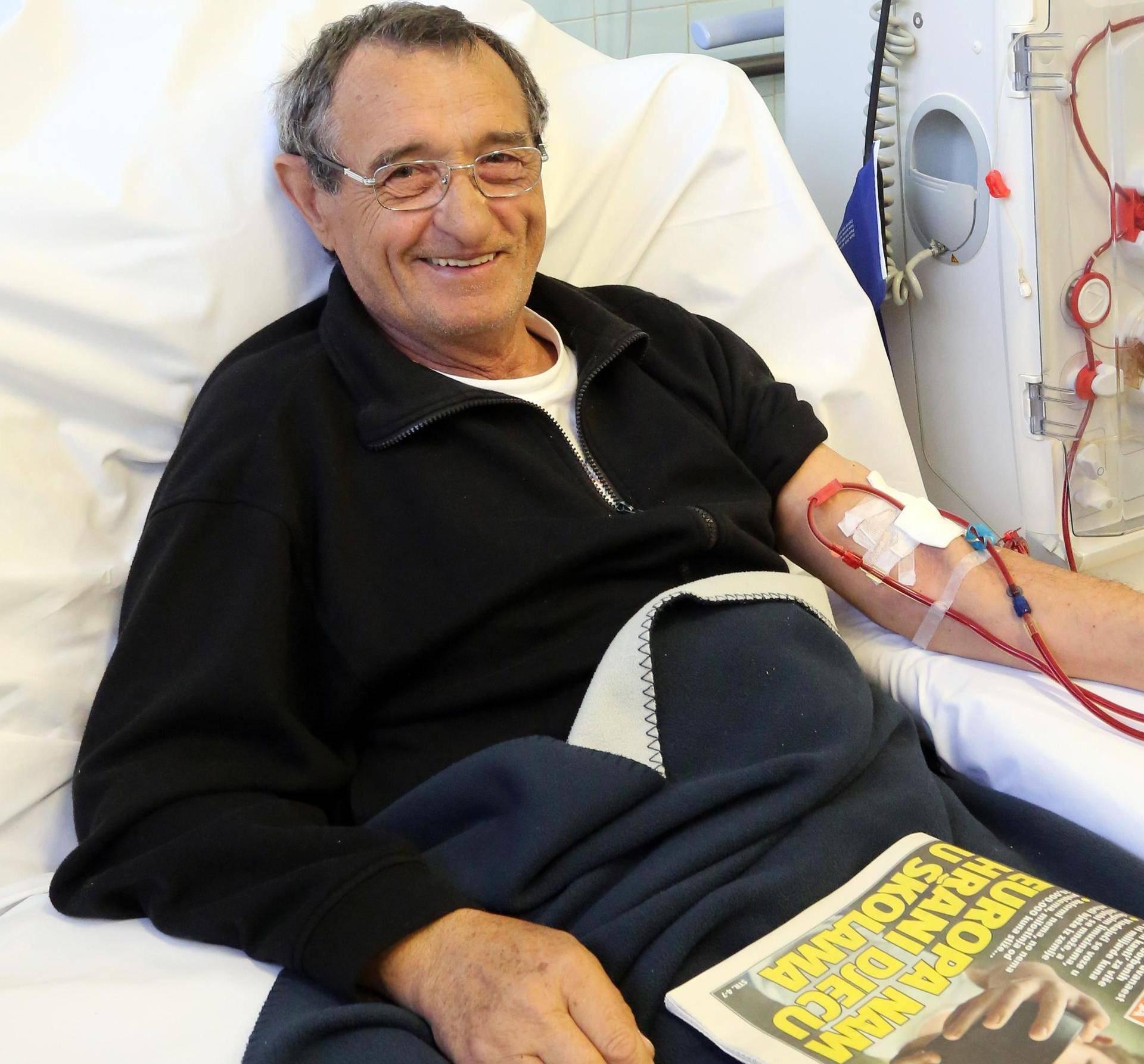 'Operirao sam debelo crijevo i srce, a na dijalizi čitam 24sata'
