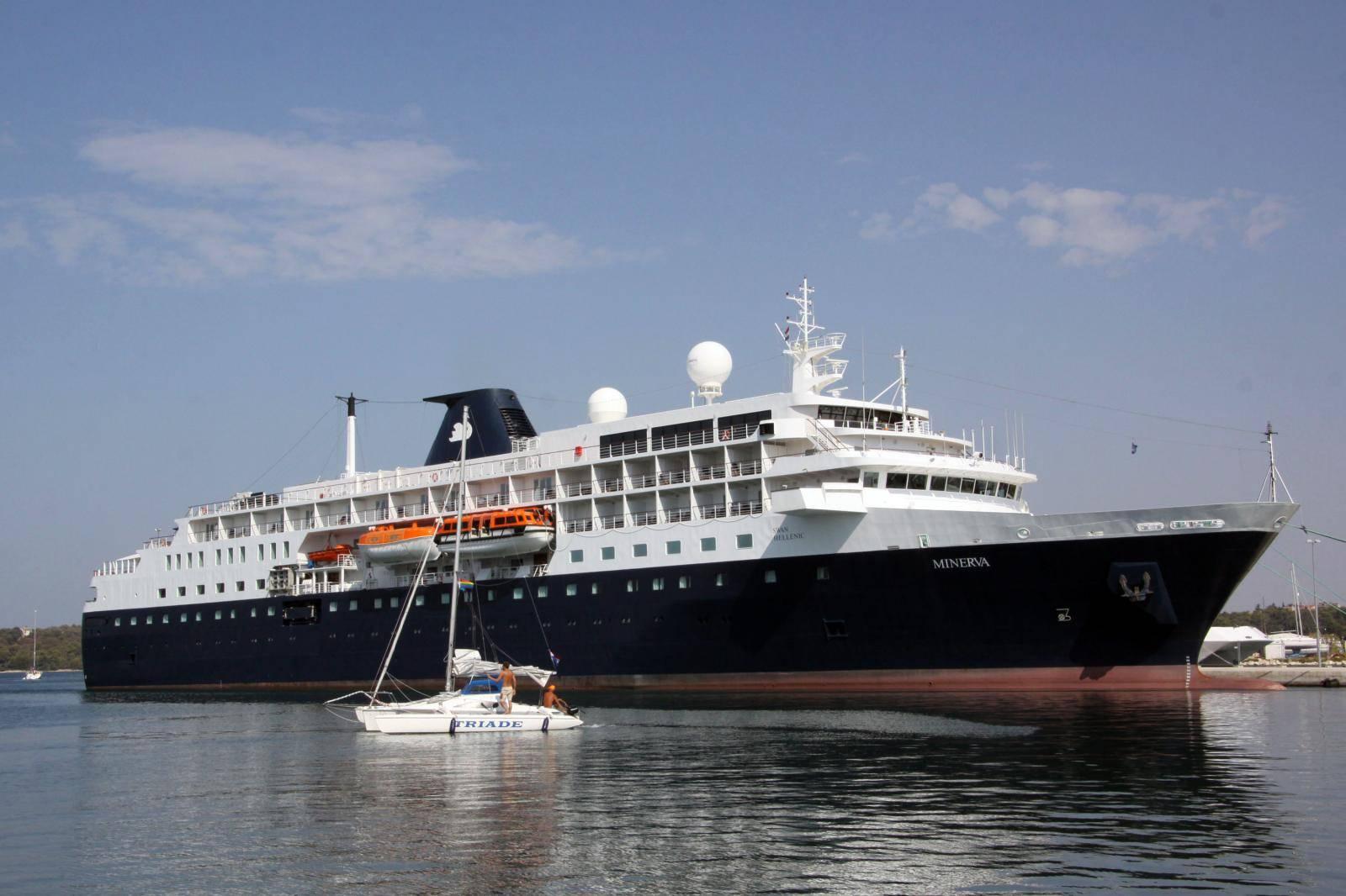 Grčka je ponovo otvorila luke kruzerima, ali prvi brodovi se očekuju tek za tri tjedna...