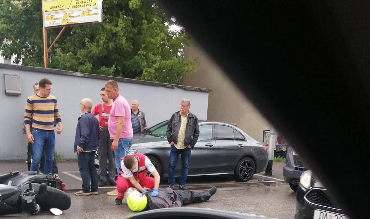 Nesreća na Novoj cesti: Pao sa skutera, zadobio lakše ozlijede