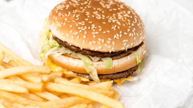 Tajna fast fooda: Otkriveno je zašto njihovi burgeri ne trunu