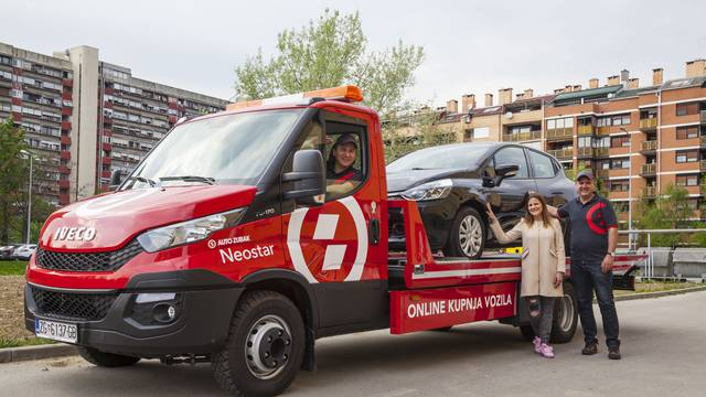 Na kućni prag su dostavili prvi auto kupljen online u Hrvatskoj