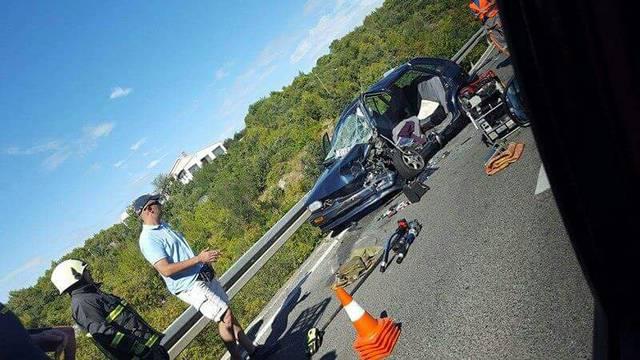Nesreća kod Pirovca: Rezali su lim na autu da izvuku žrtve