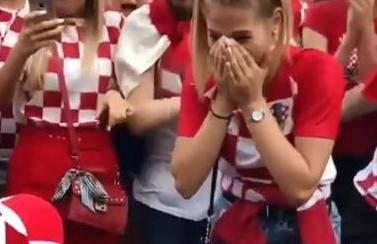 Ivana je rekla 'da': Zaprosio ju usred navijačkog ludila na Trgu