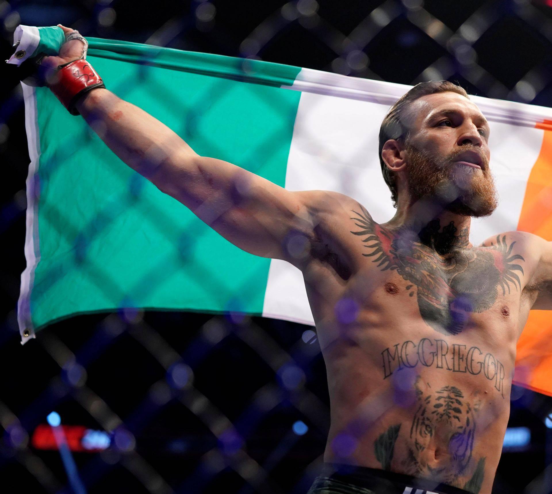Povijesna šansa za McGregora: Titula i u 3. kategoriji UFC-a?!