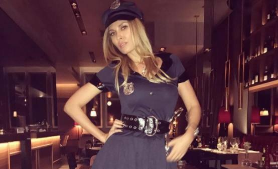 Seksi policajka Vanja obuzdala je bivšeg 'playboya' Barbierija