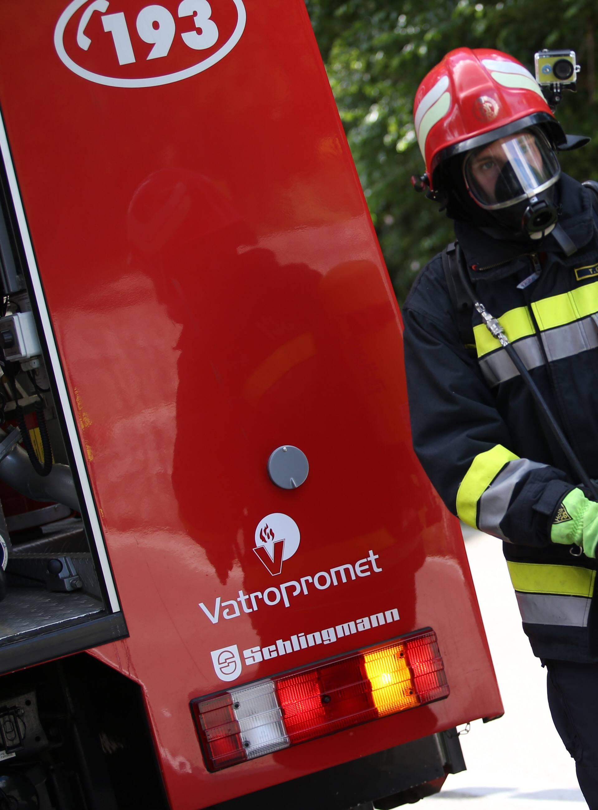 Eksplozija i požar u Zagrebu, jedan čovjek završio u bolnici
