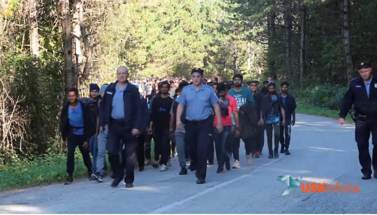 Policija u BiH i dalje  dovodi migrante u kamp blizu granice