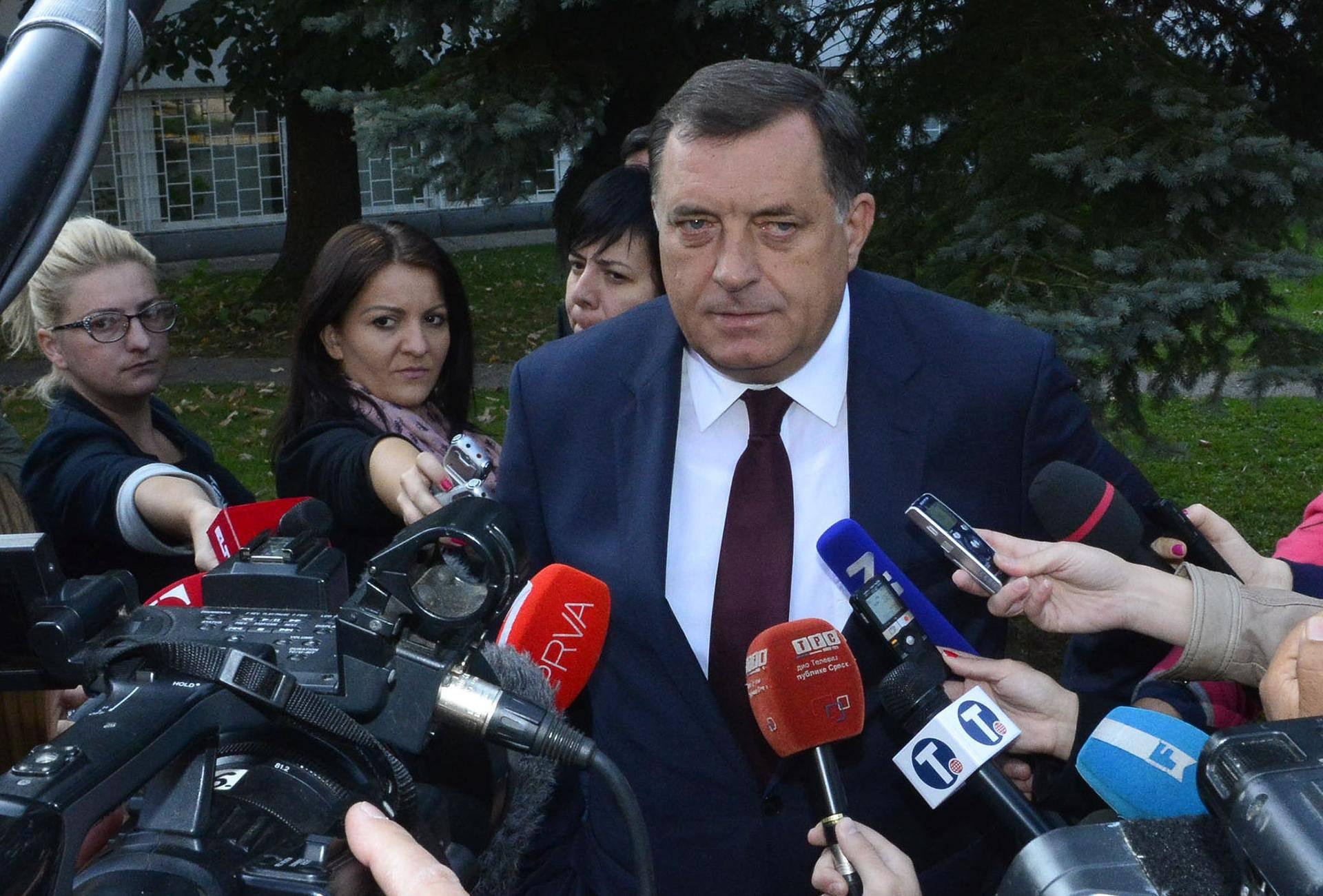 """""""U BiH je na sceni 'politička tučnjava' koja će potrajati"""""""