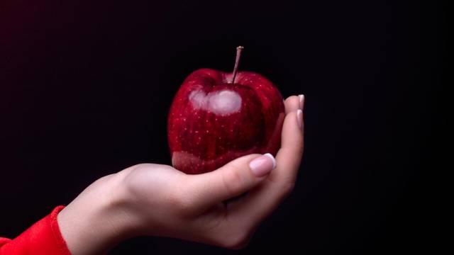 Pucao je u jabuku na svadbi pa ranio troje, među njima i dijete