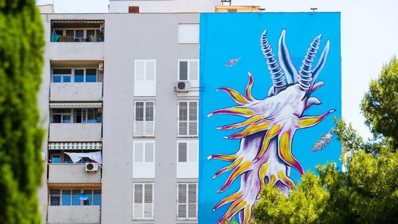 Split je dobio mural najvećeg malog morskog puža na svijetu